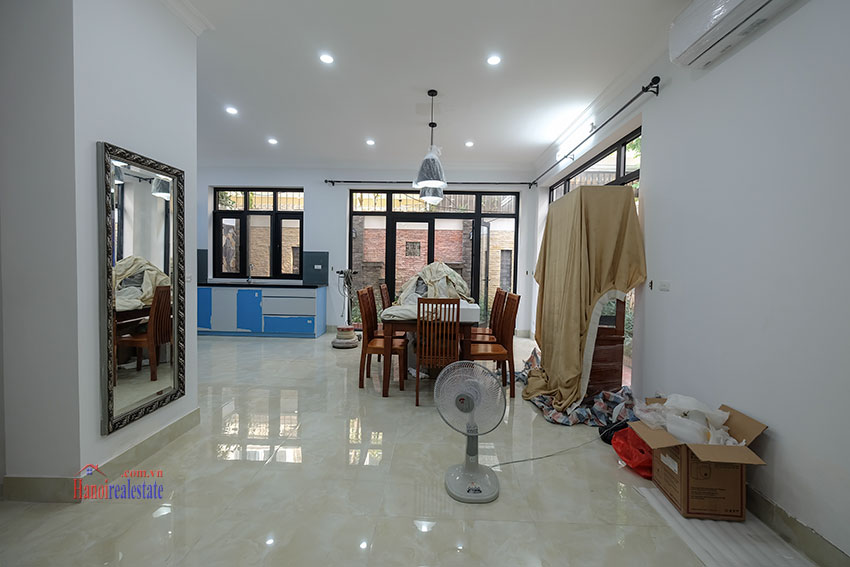 Ciputra: Fully renovated modern 05BRs house in D block, short walk to UNIS 6