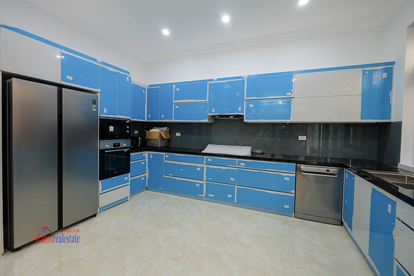 Ciputra: Fully renovated modern 05BRs house in D block, short walk to UNIS 9