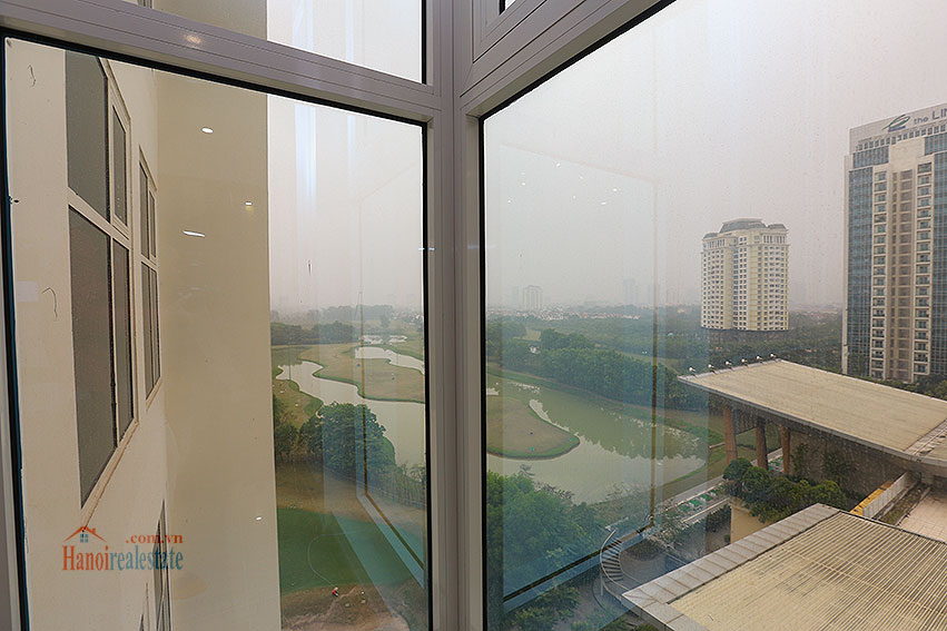 Ciputra: Golf course view 03BRs apartment in L3 building, stunning 10