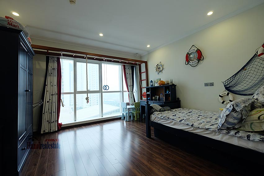 Ciputra: Magnificent 04Brs apartment, luxurious and modern in L block 12