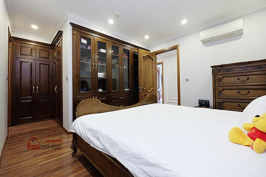 Ciputra: Magnificent 04Brs apartment, luxurious and modern in L block 19
