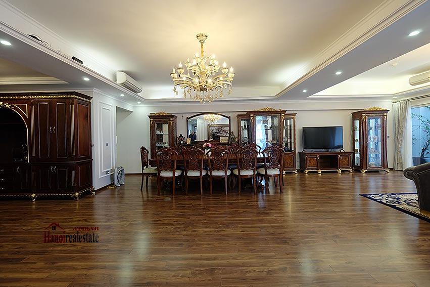 Ciputra: Magnificent 04Brs apartment, luxurious and modern in L block 8