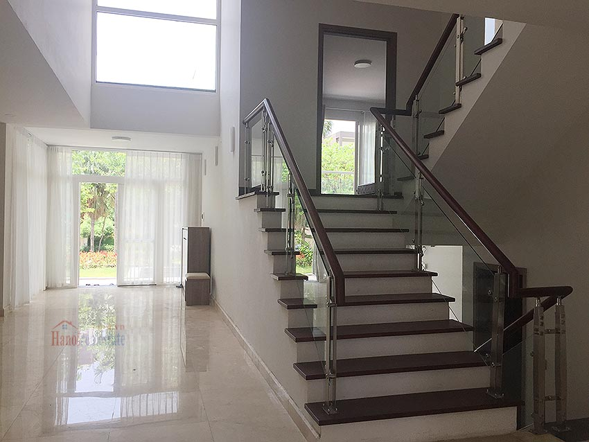 Ciputra: Massive brand new 06BRs villa in Q block, Golf course view 13