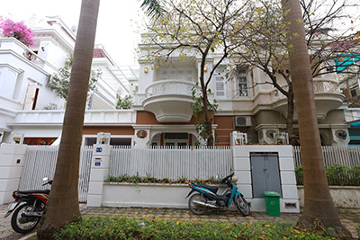 Ciputra: Newly renovated 04Brs house in T4 block, quiet neighbor