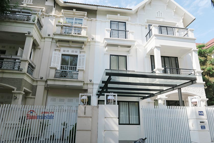 Ciputra: Newly renovated spacious 05BRs villa in T block Ciputra, river access 1