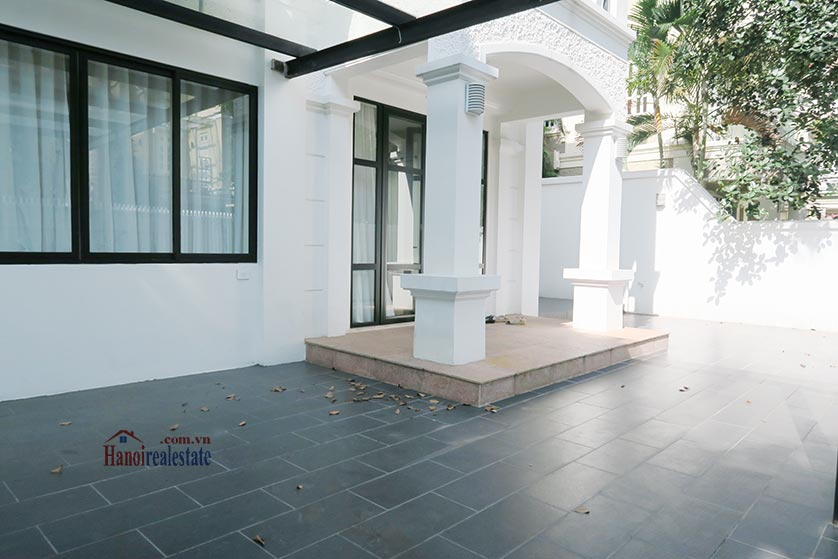Ciputra: Newly renovated spacious 05BRs villa in T block Ciputra, river access 2