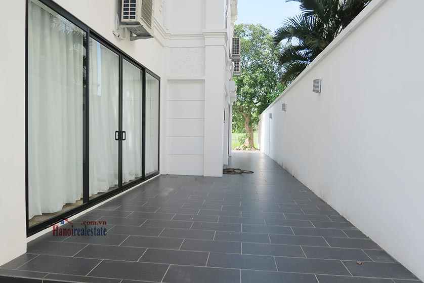 Ciputra: Newly renovated spacious 05BRs villa in T block Ciputra, river access 24