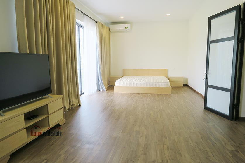 Ciputra: Newly renovated spacious 05BRs villa in T block Ciputra, river access 9
