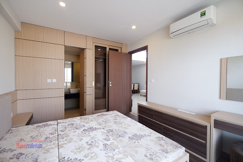 Ciputra: Pretty 03BRs apartment with Golf course view at L3 11