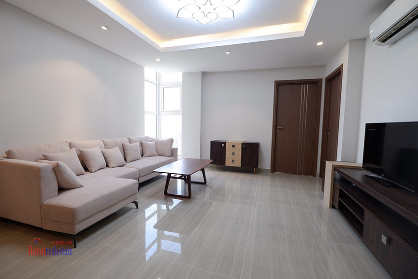 Ciputra: Pretty 03BRs apartment with Golf course view at L3 4