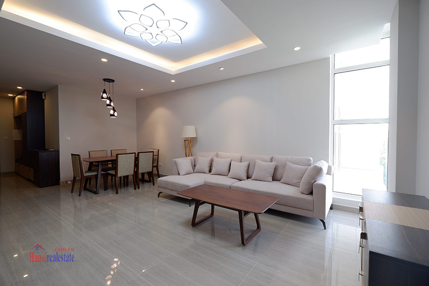 Ciputra: Pretty 03BRs apartment with Golf course view at L3 5
