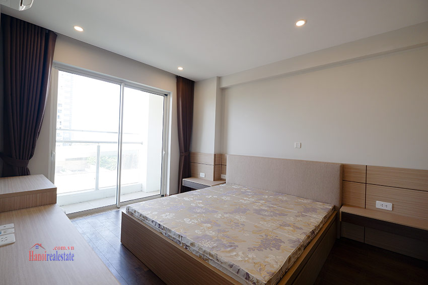 Ciputra: Pretty 03BRs apartment with Golf course view at L3 9