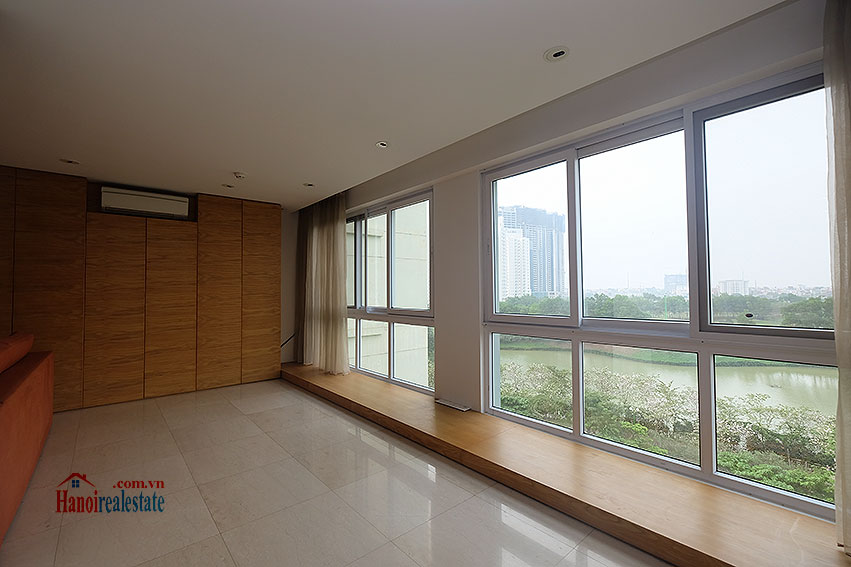 Ciputra: Renovated 02+1BRs apartment in P2, fully furnished 10