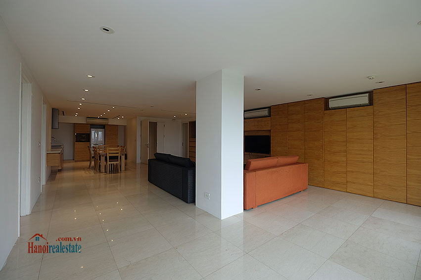 Ciputra: Renovated 02+1BRs apartment in P2, fully furnished 7