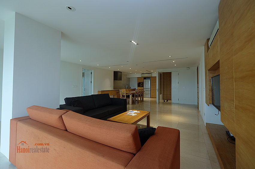 Ciputra: Renovated 02+1BRs apartment in P2, fully furnished 8