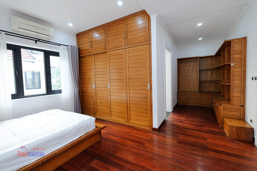 Ciputra: Sparkling newly renovated 4-bedroom house in C Block, near UNIS 26