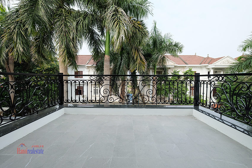 Ciputra: Sparkling newly renovated 4-bedroom house in C Block, near UNIS 31