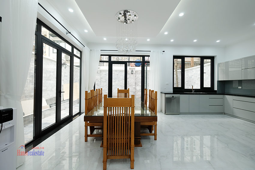 Ciputra: Sparkling newly renovated 4-bedroom house in C Block, near UNIS 7