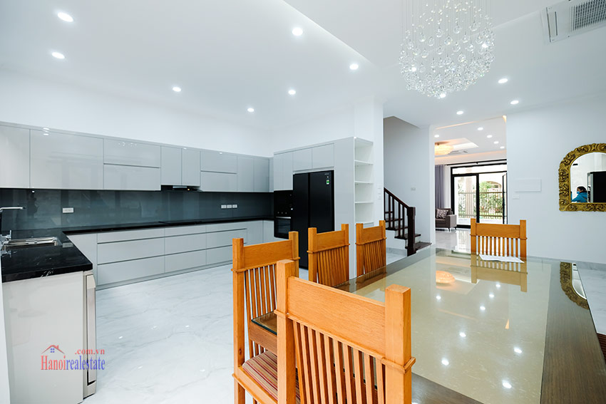 Ciputra: Sparkling newly renovated 4-bedroom house in C Block, near UNIS 8