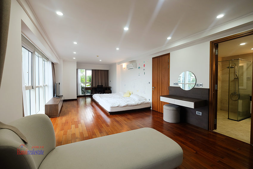 Ciputra: Splendid 04BRs apartment fully furnished in L2 22