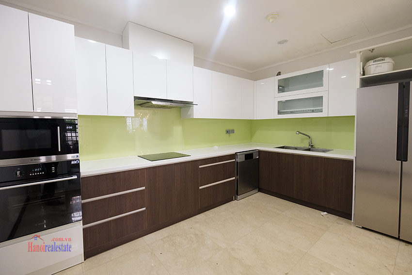 Ciputra: Splendid 04BRs apartment fully furnished in L2 9
