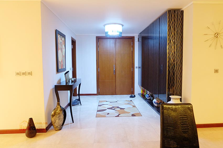 Ciputra: Stunning 04BRs apartment at L2, well designed 1