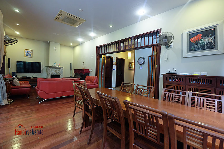 Ciputra: The glamorous 06BRs villa for rent in C block Ciputra, lovely garden 15