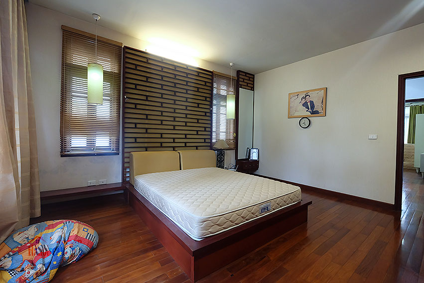 Ciputra: The glamorous 06BRs villa for rent in C block Ciputra, lovely garden 20