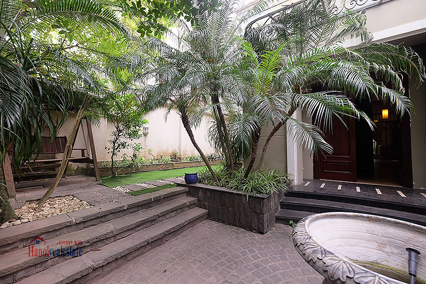 Ciputra: The glamorous 06BRs villa for rent in C block Ciputra, lovely garden 3