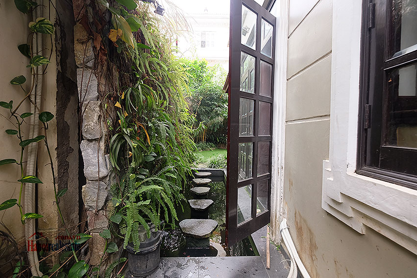 Ciputra: The glamorous 06BRs villa for rent in C block Ciputra, lovely garden 6