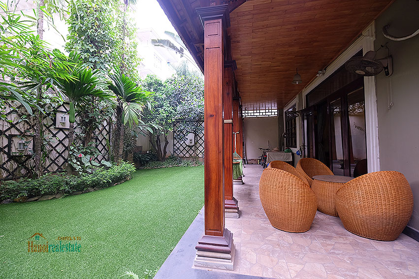 Ciputra: The glamorous 06BRs villa for rent in C block Ciputra, lovely garden 8