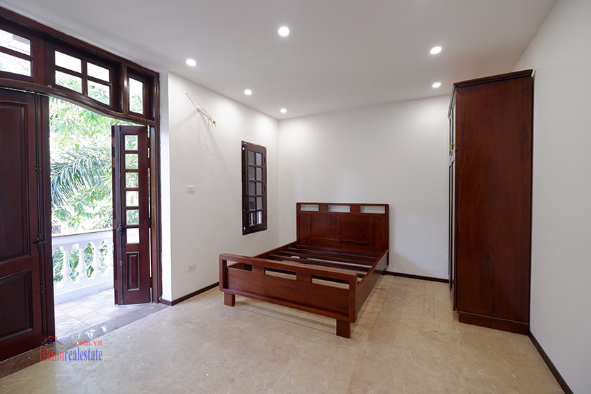 Ciputra: Traditional renovated cornered 04BRs house in C1, short walk to UNIS 24
