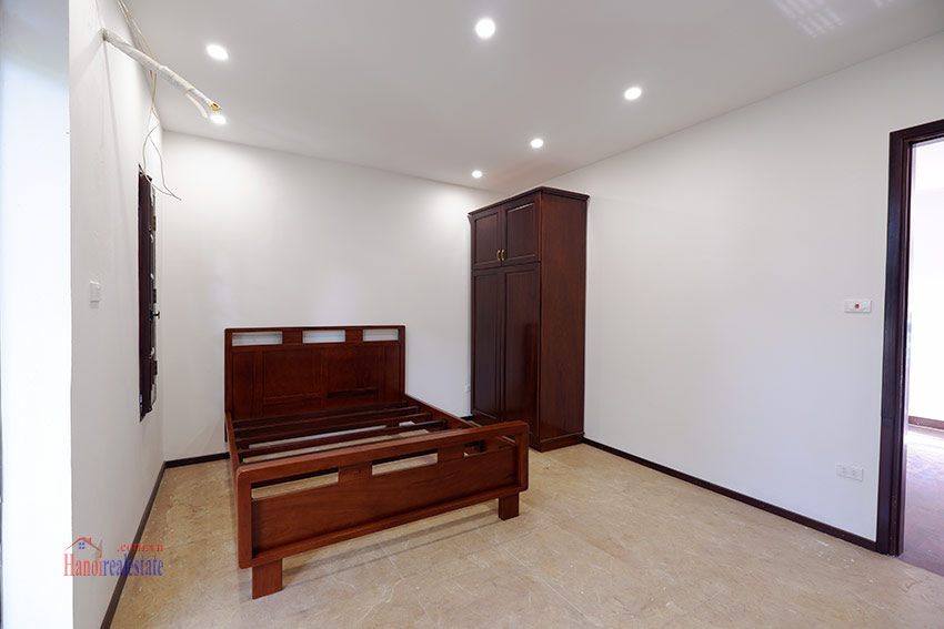 Ciputra: Traditional renovated cornered 04BRs house in C1, short walk to UNIS 25
