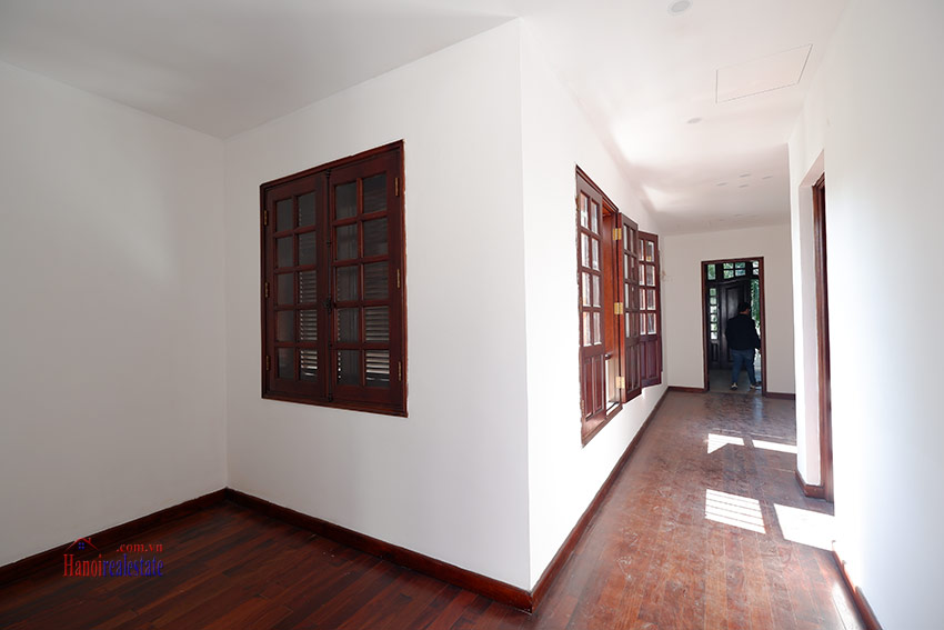 Ciputra: Traditional renovated cornered 04BRs house in C1, short walk to UNIS 30