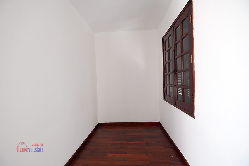 Ciputra: Traditional renovated cornered 04BRs house in C1, short walk to UNIS 31