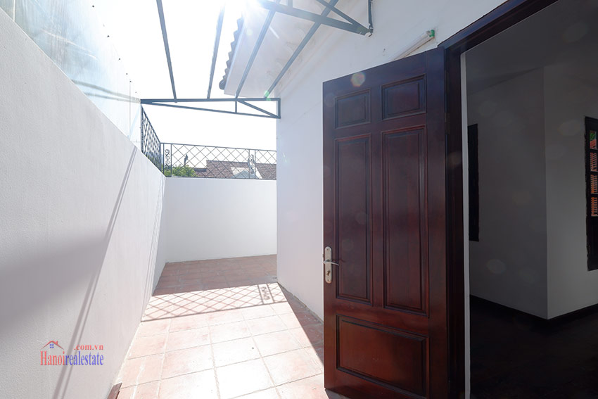 Ciputra: Traditional renovated cornered 04BRs house in C1, short walk to UNIS 32