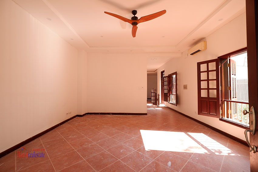 Ciputra: Traditional renovated cornered 04BRs house in C1, short walk to UNIS 4