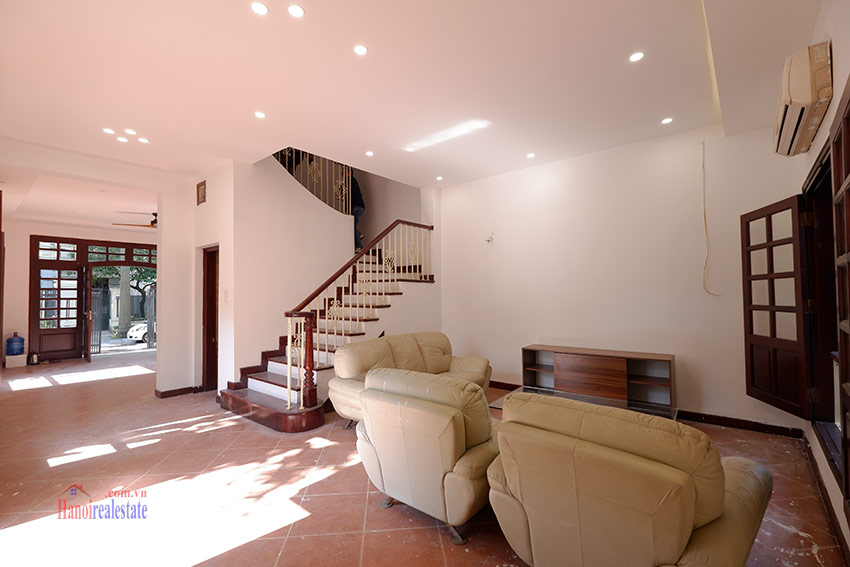 Ciputra: Traditional renovated cornered 04BRs house in C1, short walk to UNIS 6