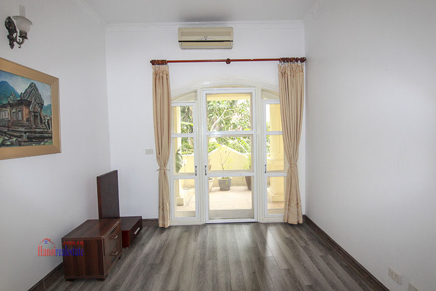 Ciputra Villa in Block C: 4 bedrooms with cheap price, new renovated 12