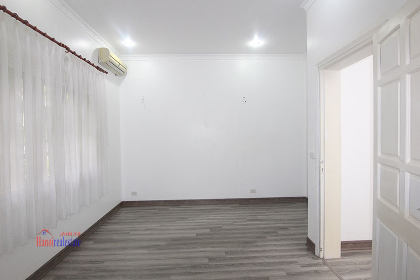 Ciputra Villa in Block C: 4 bedrooms with cheap price, new renovated 14