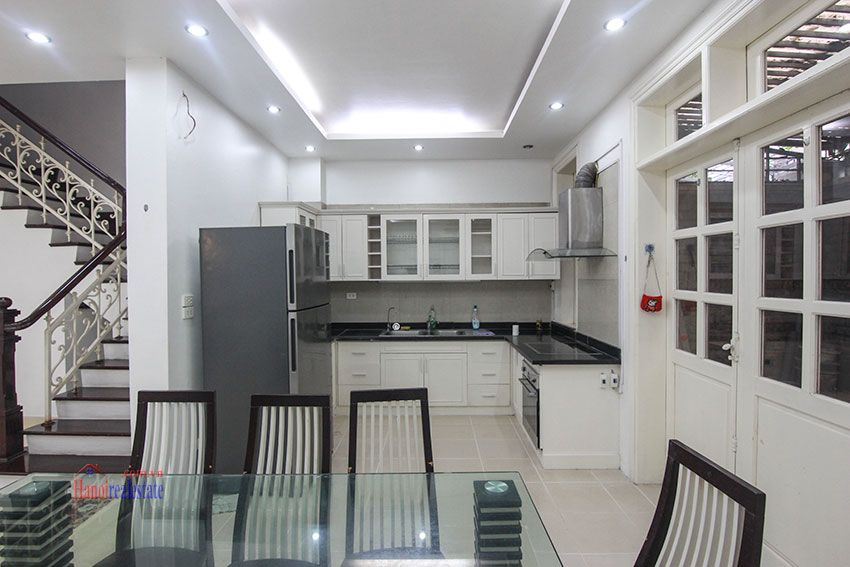 Ciputra Villa in Block C: 4 bedrooms with cheap price, new renovated 4