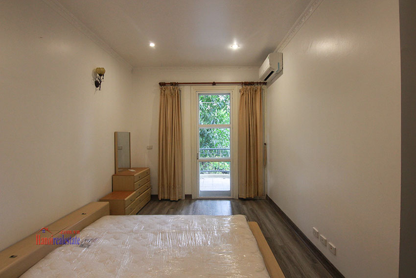 Ciputra Villa in Block C: 4 bedrooms with cheap price, new renovated 5