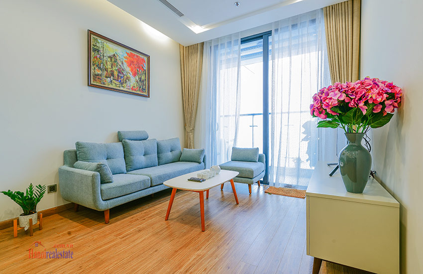 City view 01BR apartment at Vinhomes Metropolis, fully furnished 2