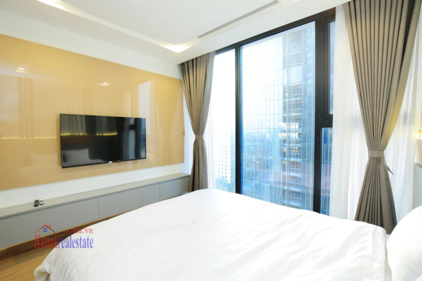 City view new brand 2BRs apartment in Metropolis on middle floor 18