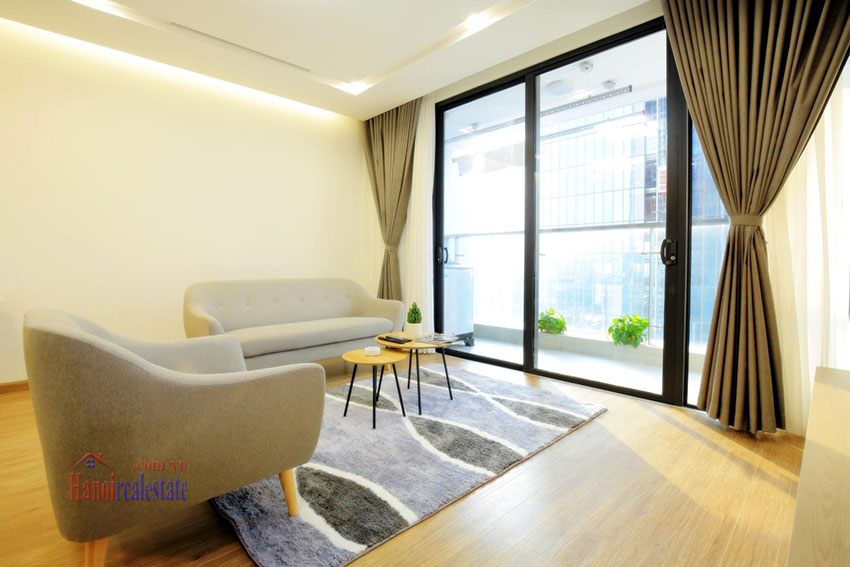 City view new brand 2BRs apartment in Metropolis on middle floor 4