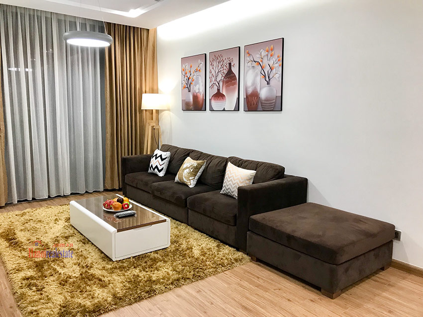 Corner 03BRs apartment with lots of natural light on high floor of M3 Vinhomes Metropolis 3