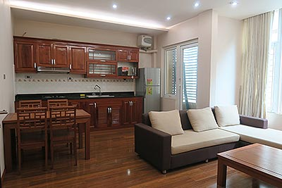 Cozy 01 bedroom apartment in Linh Lang, Ba Dinh Dist
