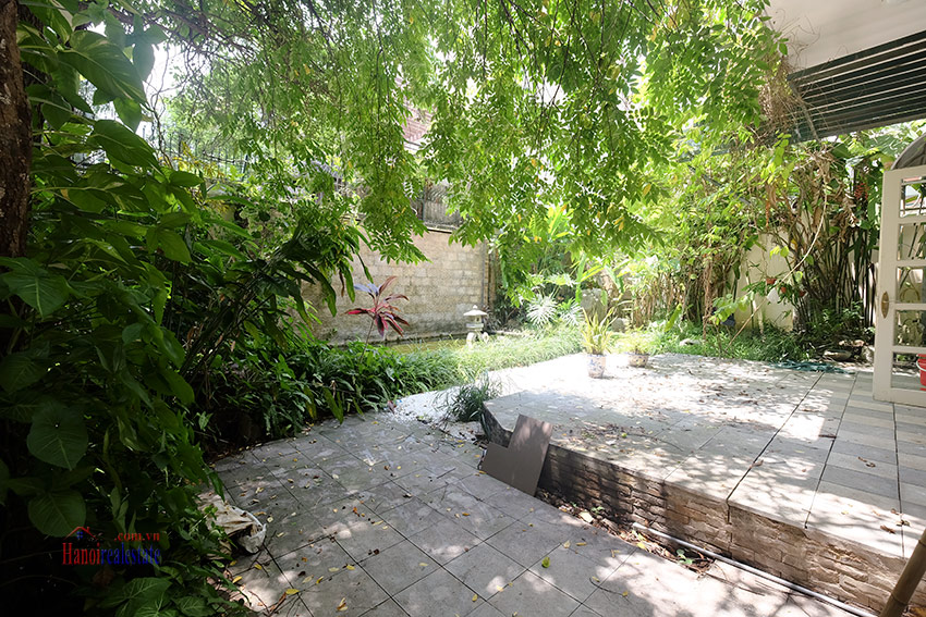 Cozy 06 BRs house with 350m land area, unfurnished in C1 Ciputra 4