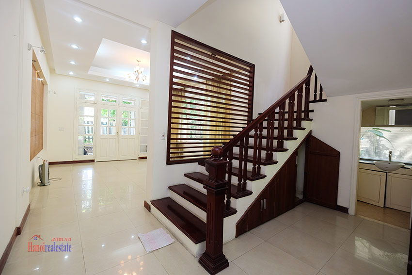 Cozy 06 BRs house with 350m land area, unfurnished in C1 Ciputra 8