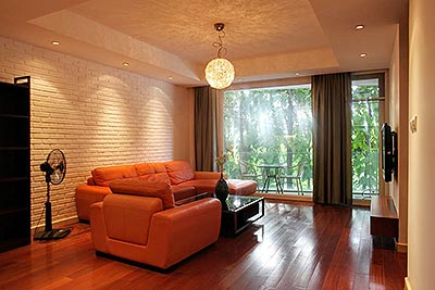 Cozy and harmonious 02 bedroom apartment in Tay Ho, wooden furniture